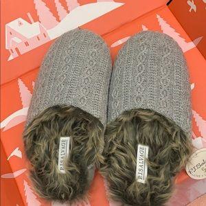 NEW fuzzy slippers